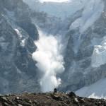 雪崩の危険と巻き込まれ防止対策