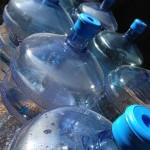 居住環境による保存食と飲料水の備蓄量