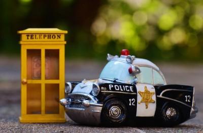 police-970015_640
