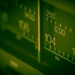 FMラジオでAM放送が聴ける!?災害時にも役立つ防災対応ラジオ